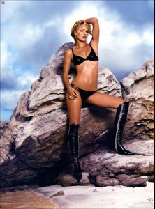 MyPicPerDay_090202_Digiuser_Scans_Hottest_Bikinis_Gallery_030.jpg