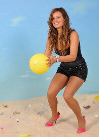 jade_jagger_save_the_beach_photocall_tikipeter_celebritycity_011.jpg