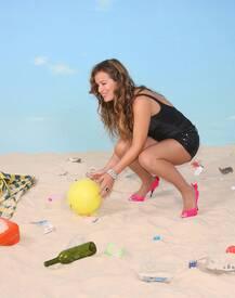 jade_jagger_save_the_beach_photocall_tikipeter_celebritycity_015.jpg