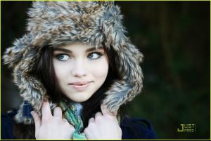 India_Eisley_the_secret_life_of_the_american_teenager_18485614_1222_817.jpg