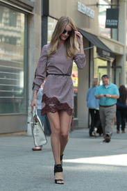 Rosie_Huntington_Whiteley__14_.jpg