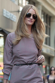 Rosie_Huntington_Whiteley__17_.jpg