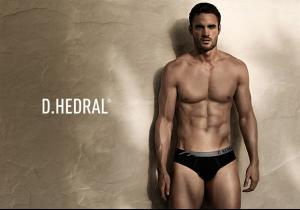Thomas-Evans-D.HEDRAL-Seamless-Underwear-04.jpg