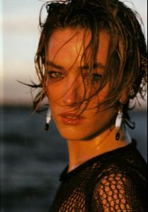 Patitz_VOGUE_UK_APR89_earthlypowers_byHerbRitts_tfs__scan_mojopin90.jpg