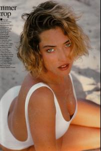 Patitz_VOGUE_UK_APR89_earthlypowers_byHerbRitts_tfs__scan_mojopin91.jpg