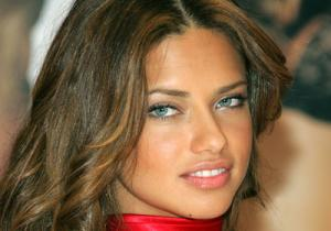 adriana_lima_the_job_photos2.jpg