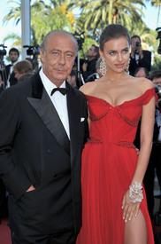 36 IrinaShayk premiere CannesFF 22052012.jpg