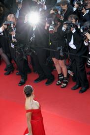 42 IrinaShayk premiere CannesFF 22052012.jpg