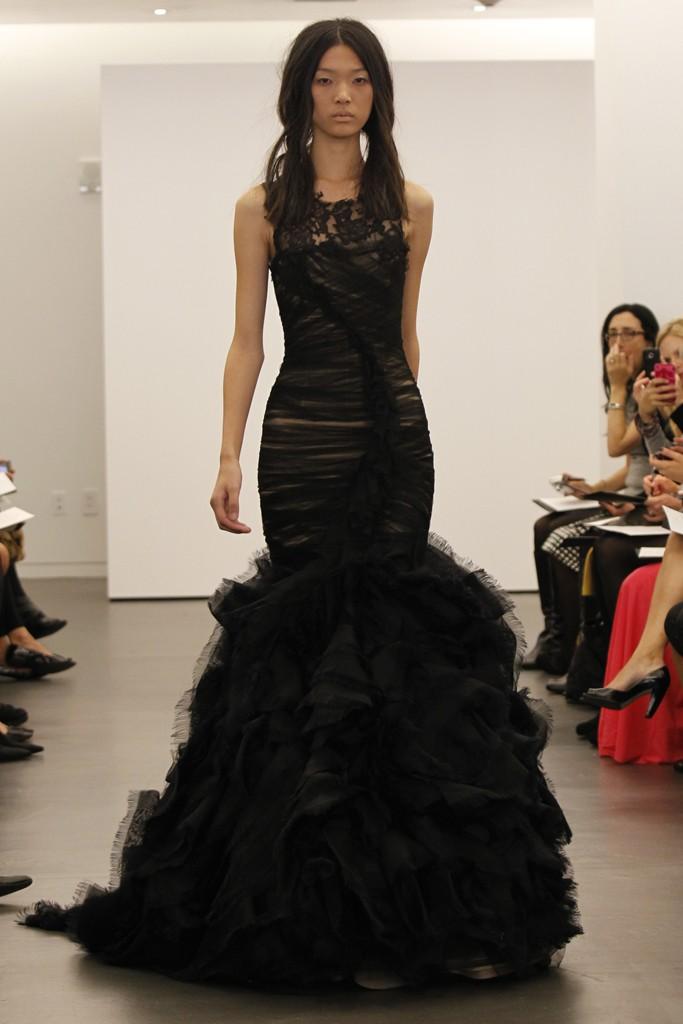 post-39233-0-05941500-1367935644 Черное свадебное платье