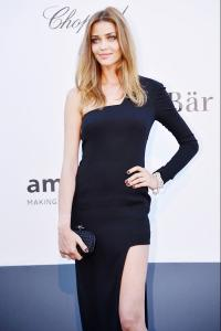 Brazilian-model-Ana-Beatriz-Barros-opts-for-a-one-shoulder-navy-blue-gown-for-the-amfARs-20th-Annual.jpg