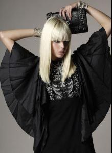 anna.editorial_0000.00_black.beauty_unk.mag_002.jpg