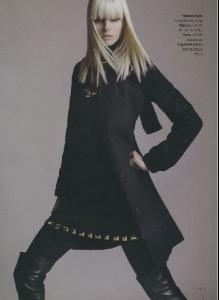 anna.editorial_0000.00_black.beauty_unk.mag_005.jpg