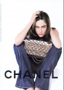86637_Chanel_AnnaMouglalis02_122_388lo.jpg