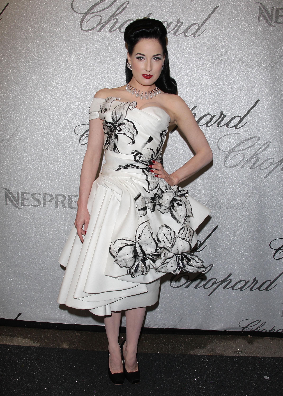 самой сшить платье полной даме с животиком