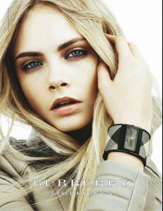 Cara_Delevingne_for_Burberry_Timepieces_Beauty_Ads_DESIGNSCENE_net_01.jpg