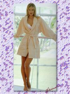 Daniela-Pestova-Feet-239764.jpg