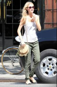 Off+duty+model+Poppy+Delevingne+seen+looking+u6gnwQlI65jl.jpg