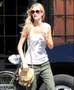 Off+duty+model+Poppy+Delevingne+seen+looking+qOQepAnURaTl.jpg