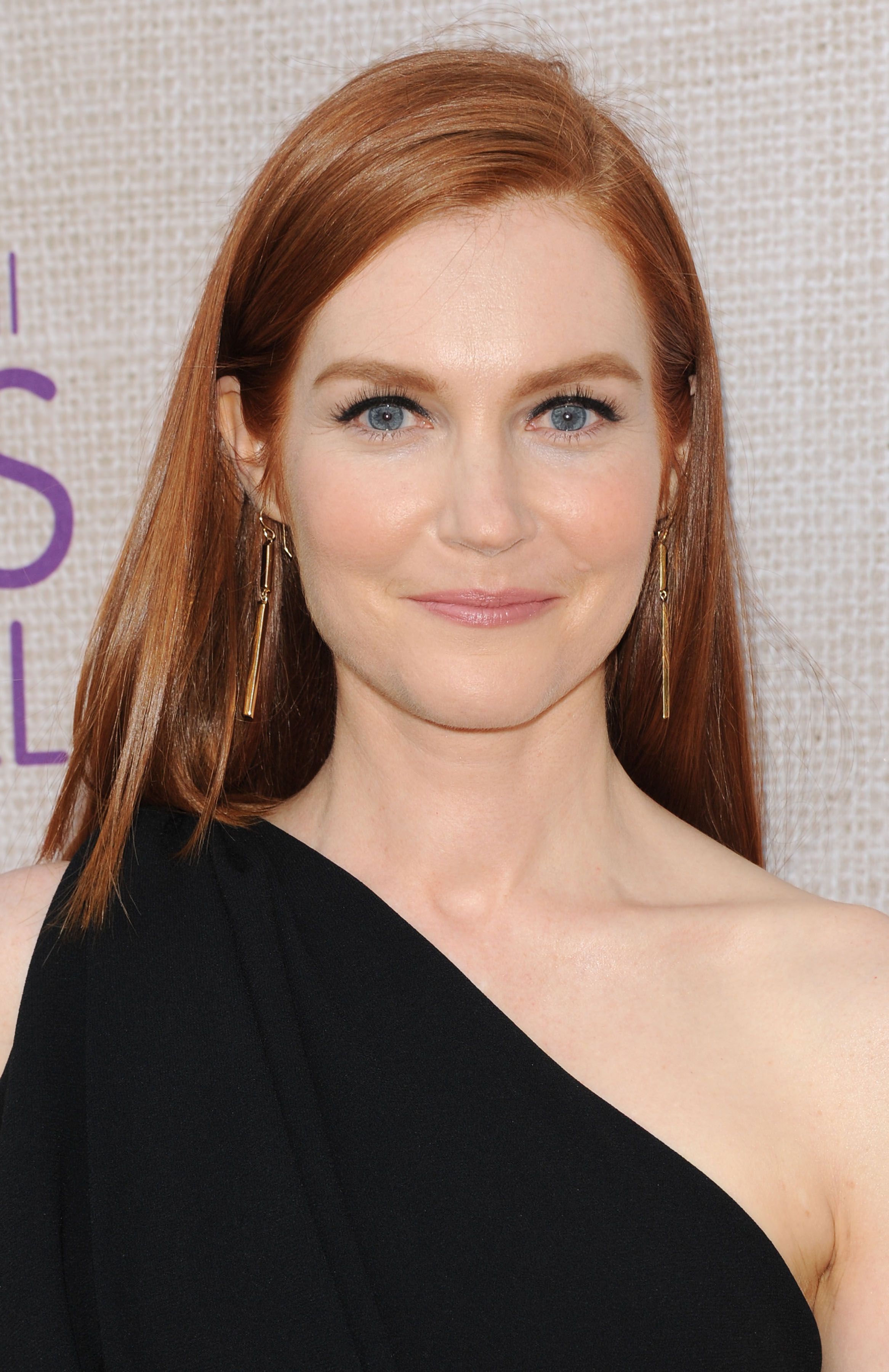 Darby Stanchfield Nude Photos 71