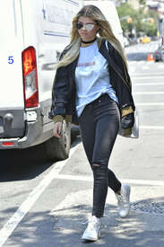 Sofia-Richie-out-in-New-York--02.jpg