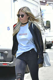Sofia-Richie-out-in-New-York--12.jpg
