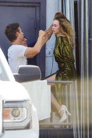 Alycia-Debnam-Carey--On-the-set-of-a-photoshoot--04.jpg