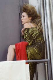 Alycia-Debnam-Carey--On-the-set-of-a-photoshoot--06.jpg