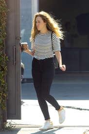 Alycia-Debnam-Carey--On-the-set-of-a-photoshoot--10.jpg