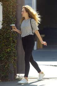 Alycia-Debnam-Carey--On-the-set-of-a-photoshoot--11.jpg