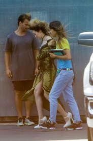 Alycia-Debnam-Carey--On-the-set-of-a-photoshoot--13.jpg