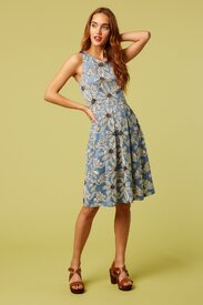 stacey-daisy-print-midi-dress_13198-initial.jpg