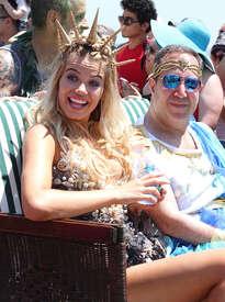 Hailey-Clauson--34th-Annual-Mermaid-Parade--04.jpg