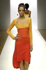 celebrity_city_Stephen_Burrows_Paris_Fashion_Show_24.jpg