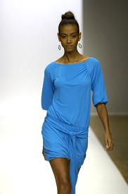 celebrity_city_Stephen_Burrows_Paris_Fashion_Show_32.jpg