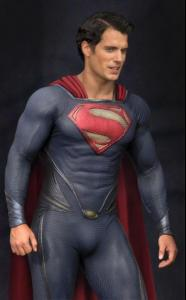 superman-man-of-steel-set-photo-costume-henry-cavill-01.jpg