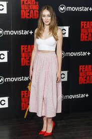 Alycia-Debnam-Carey--Fear-the-Walking-Dead-Fan-Event--06.jpg