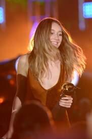 Alycia_Debnam-Carey___MTV_Fandom_Awards_in_San_Diego_July_21-2016_28.jpg