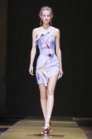 Versace_Atelier-Couture-FW16-Paris-7036-1467577621-bigthumb.jpg