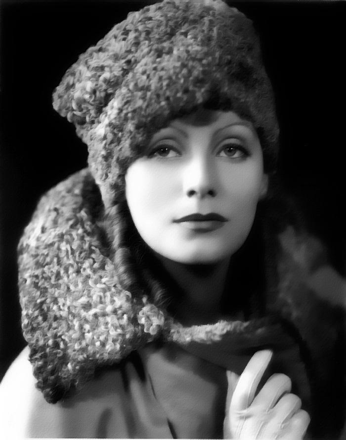 Грета Гарбо (1905-1990) - самая яркая кинозвезда 30 годов ХХ века