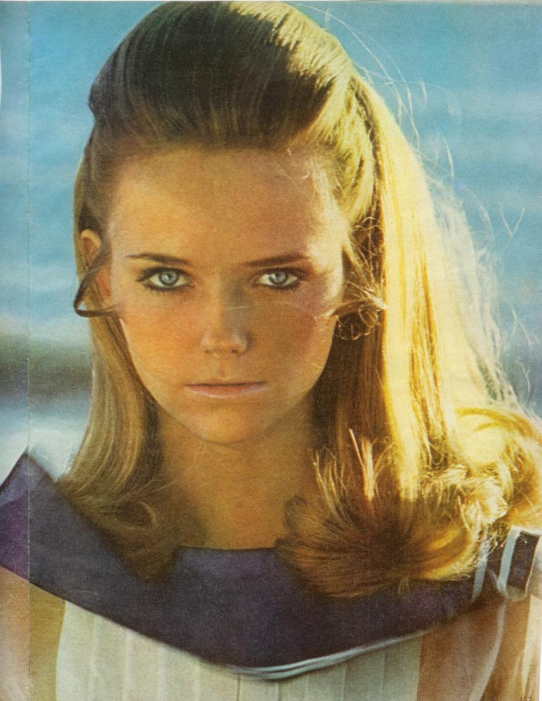 Cheryl tiegs young