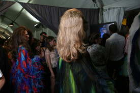 Christian_Dior_Fall_2011_Backstage_xip7huu0l2fl.jpg