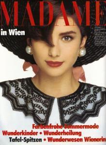 JUlie Wolfe-Madame-Alemanha.jpg