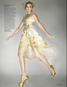 Vogue UK September 2012 - Midas Touch - Lily Cole.jpg
