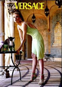 1995_Versace_Kristen_McMenamy_dog.jpg