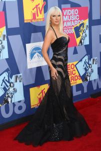 Christina_Aguilera___2008_MTV_Video_Music_Awards___Arrivals__Los_Angeles__Sept_7th__7_.jpg