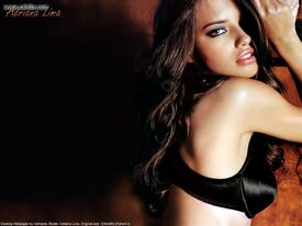 Adriana_Lima_wall_anth13.jpg