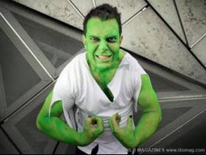 funny_superhero_costumes_9.jpg