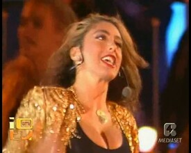 Sabrina Salerno - Yeah Yeah (Live @ Festivalbar - Italia 1 - Italy - 1990).mpg.0006.jpg