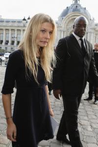 Chanel_Paris_Fashion_Week_Spring_Summer_09_eaXr4ZLtVi7l.jpg