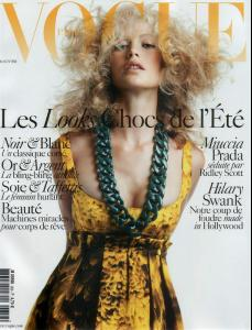 Vogue_20Fr_20Avril_202005_20Carolyn_20Murphy_20Ph_20Mario_20Sorrenti_1_.jpg
